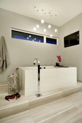 家装卫生间浴缸效果图