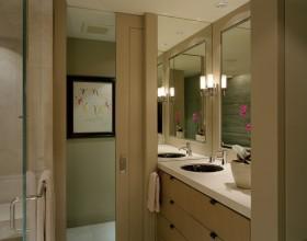 四室两厅卫生间简约装修效果图