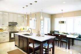 两室两厅的厨房装修图片
