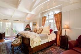 美式卧房装修风格效果图