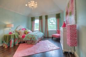 女孩卧房装修图片2013