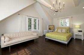 斜顶阁楼卧室装修效果图大全2013图片