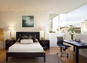 美式三居主卧室装修效果图