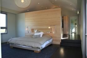 现代简约复式楼主卧室装修效果图