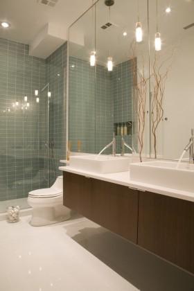 简约别墅卫生间洗手台装修设计图片