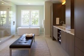 最新欧式卫生间浴缸装修效果图欣赏