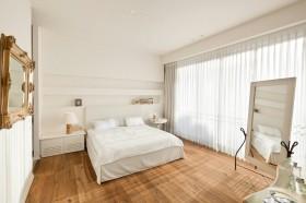 暖色调卧室装修设计效果图片