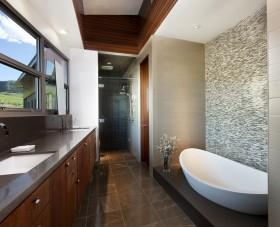 别墅卫生间瓷砖装修图片