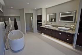 卫生间浴缸装修效果图大全
