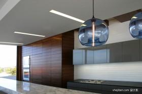现代别墅厨房吊顶装修效果图