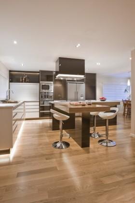 现代风格开放式厨房效果图