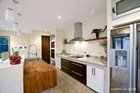 开放式别墅厨房装修效果图