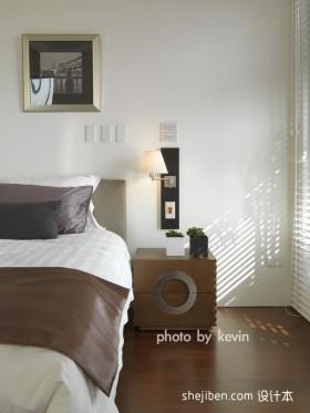 现代简约小卧室装修设计效果图