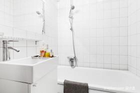 71平米北欧卫生间装修设计