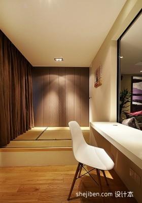 简约卧室榻榻米装修设计