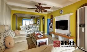 地中海风格客厅电视背景墙装修效果图欣赏