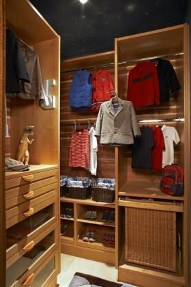 更衣室储物柜装修效果图片