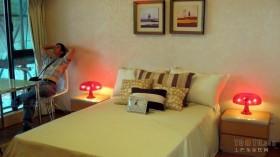 现代卧室创意床头灯装饰效果图