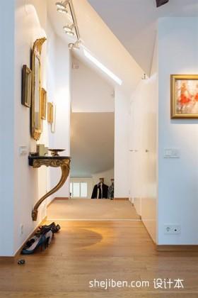 阁楼楼梯过道设计