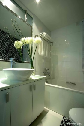 现代卫浴间装修效果