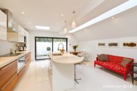 暖色调装修效果图开放式厨房图片