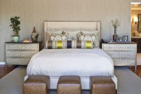 家居卧室床头软包装修效果图欣赏