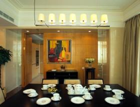 简欧餐厅餐桌图片
