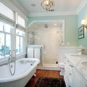 现代浴室浴缸装修效果图