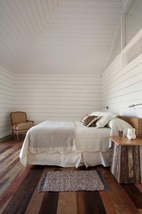最新阁楼卧室装修效果图欣赏