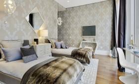 现代主卧室壁纸装修效果图欣赏
