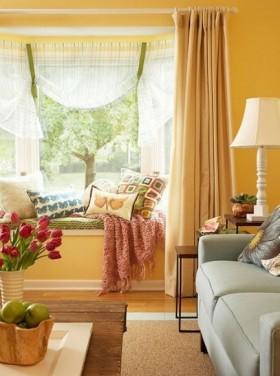 客厅飘窗暖色调装修效果图欣赏