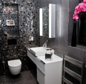 现代卫生间瓷砖效果图