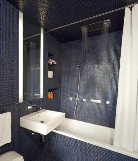 最新简约小卫生间瓷砖效果图欣赏