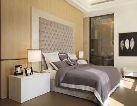 2013最新现代简约主卧室装修效果图片欣赏