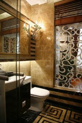 现代简约小卫生间背景墙装修设计图
