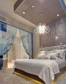 现代简约主卧室窗帘隔断装修效果图