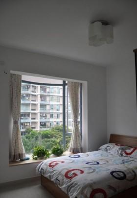 简约风格小卧室飘窗装修效果图欣赏