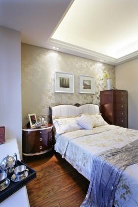 欧式主卧室设计效果图欣赏