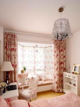 田园卧室飘窗装修效果图欣赏