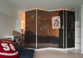 主卧室屏风隔断效果图