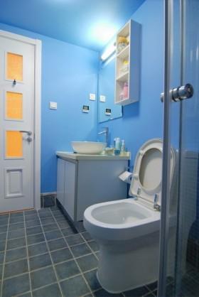 地中海风格小卫生间瓷砖装修效果图