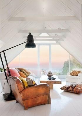 尖顶阁楼客厅装修效果图