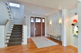进门玄关楼梯设计图