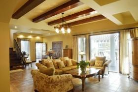 美式家装客厅装修设计图