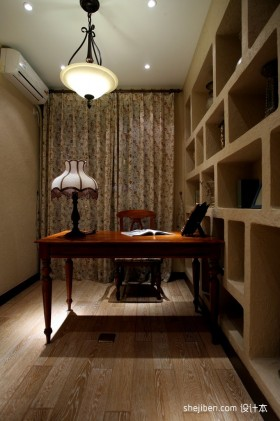 2013地中海风格四室一厅书房装修效果图