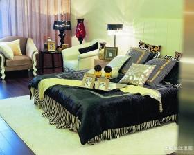 现代卧室装修设计图