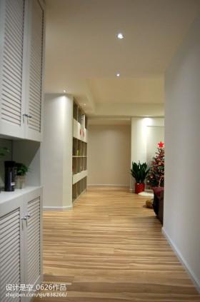 现代家装过道木地板设计效果图