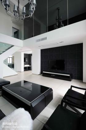 现代家装客厅电视背景墙装修设计图