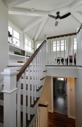 复式楼房楼梯装修图片
