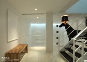 现代简约风格复式楼梯装修设计图